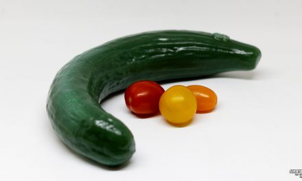 Curved Cucumber Dildo Review