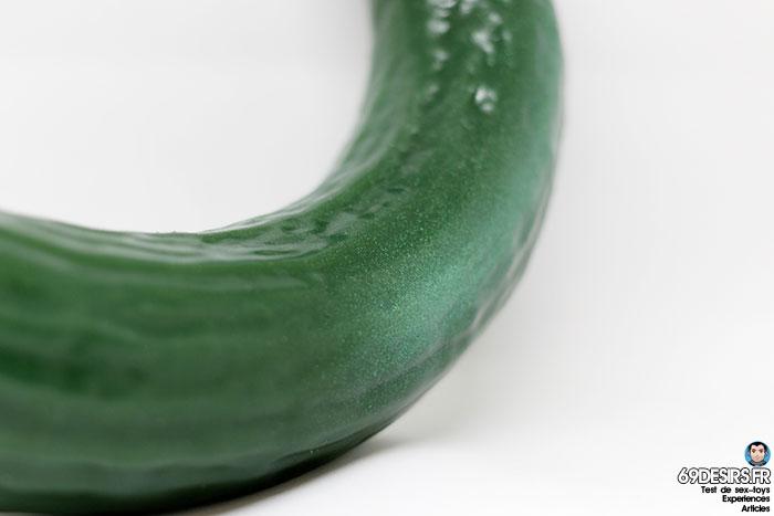 curved cucumber dildo - 10