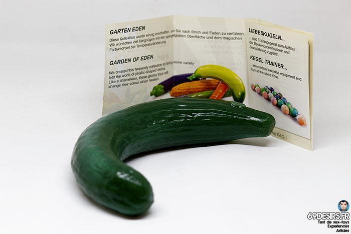 curved cucumber dildo - 16