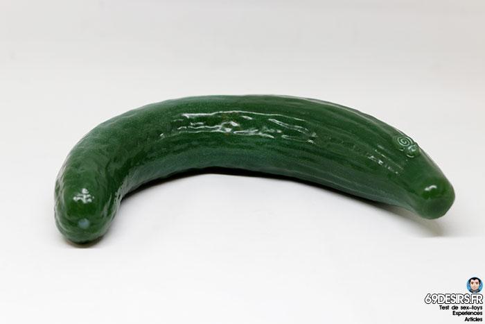 curved cucumber dildo - 6