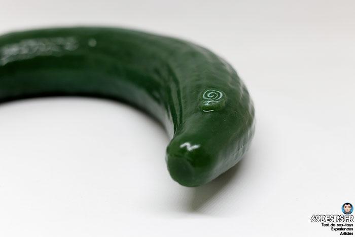 curved cucumber dildo - 7