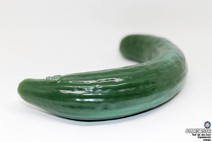 curved cucumber dildo - 8