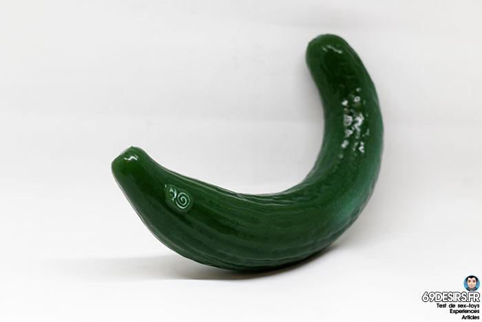 curved cucumber dildo - 9