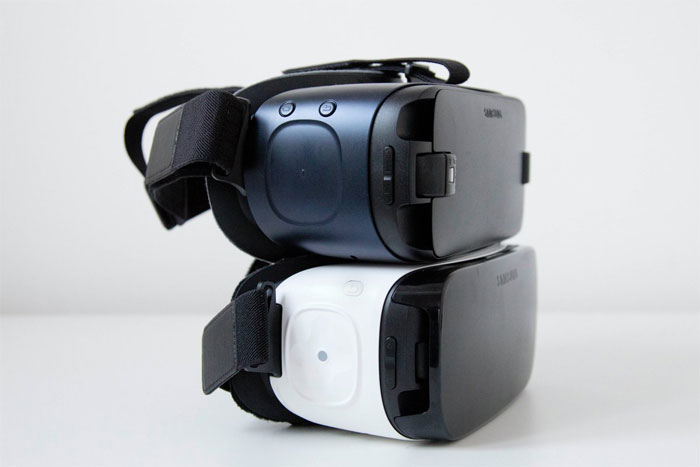 samsung vr - two different headsets